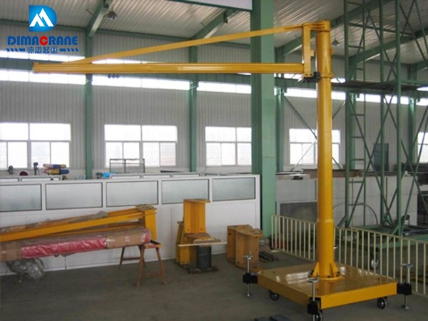 KBK Model ergonomic pillar mounted slewing jib crane
